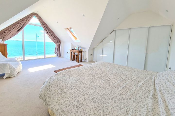 Lee on Solent Hampshire property bedroom