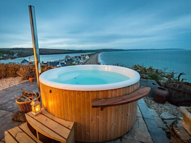 hot tub sea view