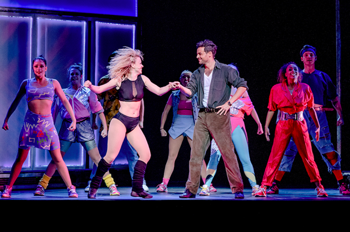 joanne clifton dancing with ben Adams on stage backing dancers