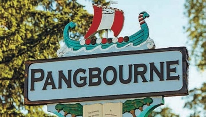 Pangbourne sign with viking boat on top